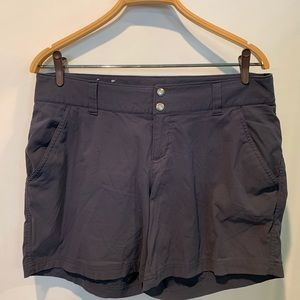 Omni Columbia woman's shorts